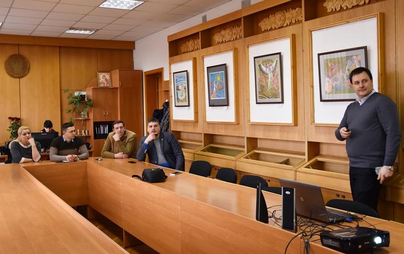 У Франківську делегація з Краматорська перейматиме досвід успішних проектів (фоторепортаж)