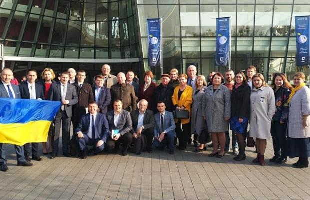 Представники Івано-Франківської міськради взяли участь у форумі місцевого самоврядування (фоторепортаж)